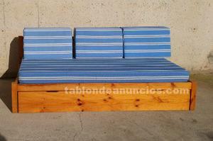 Sofá cama con estructura de pino