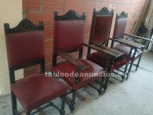 Cuatro sillones antiguos