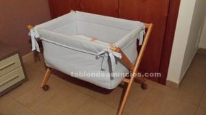 Se vende moisés bebé azul 8 meses uso.