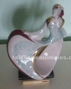Figura de porcelana galos