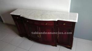 Mueble aparador vintage de cerezo y repisa de marmol