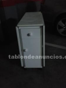 Vendo mesa de cocina plegable con dos sillas