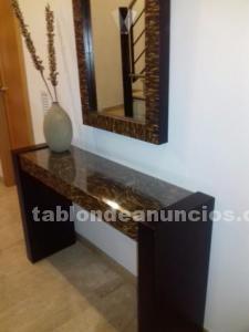 Mueble recibidor de diseño y espejo