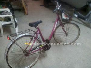Se vende bicicleta de señora, buen precio