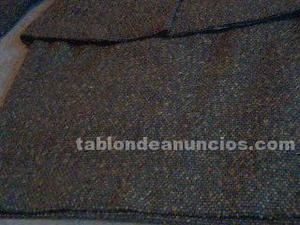 Conjunto de falda y chaqueta de lana color marrón