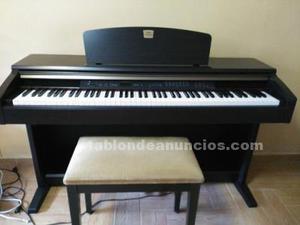 Piano yamaha clavinova+banqueta