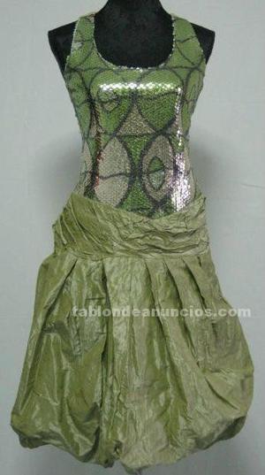 Vestido de fiesta en verde