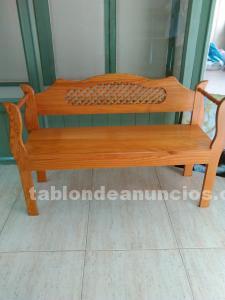 Se vende banco de madera nuevo