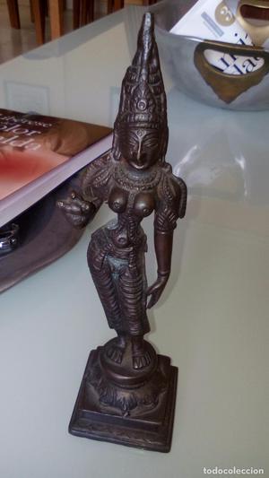 Antigua deidad indu realizada en bronce altura 18 cmts.