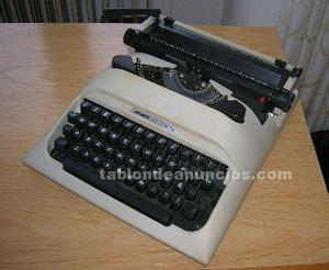 Lote 3 máquinas de escribir olivetti