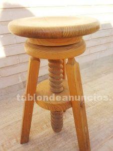 Taburete de madera maciza regulable con tornillo