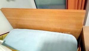 Conjunto cama de 80 por 190 cm.