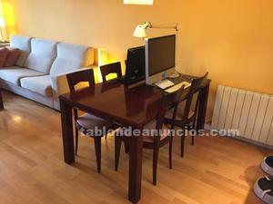 Mesa comedor madera y seis sillas