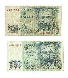 Vendo monedas y billetes