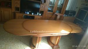 Vendo mesa de comedor de madera maciza y seis sillas