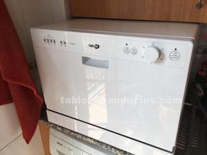 Lavavajillas de dos servicios, muy nuevo
