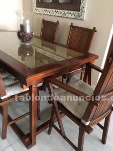 Conjunto de mesa y sillas de salon