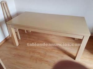 Vendo mesa comedor de madera maciza y 4 sillas