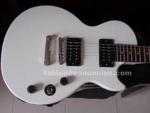 Vende guitarra electrica en perfecto estado