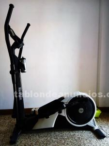 Se vende bicicleta elíptica reebok c5.1e