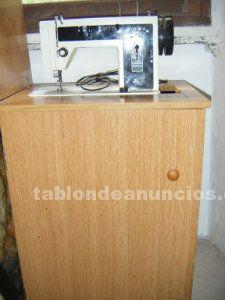 Vendo máquina de coser sigma mod. 161 con mueble y pedal