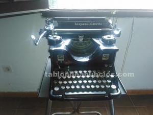 Maquina de escribir hispano-olivetti