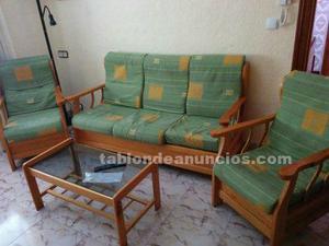 Sofá provenzal tres plazas más dos sillones seminuevos en