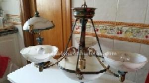 Lámpara grande y lamparita de mesita