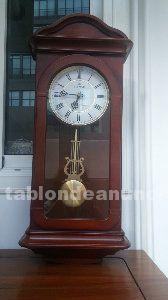 Reloj de pared, estilo clásico, con caja de música, en