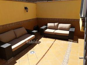 Muebles de jardín (sofás ratán + mesa)