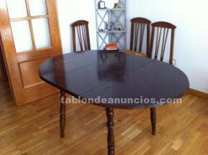 Mesa de comedor extensible con sillas