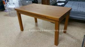 Mueble comedor y mesa y sillas a juego