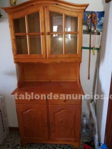 Mueble vitrina rústico de pino
