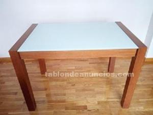 Venta de mesa de salon-comedor