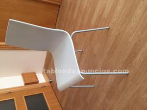 Cuatro sillas modernas y nuevas!!