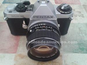Camara fotos pentax con dos objetivos y accesorios.
