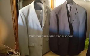 Trajes de chaqueta dos con chaleco y uno sin chaleco