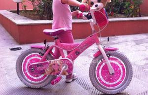 """Bicicleta barbie niña rosa 16"""" en muy buen estado"""