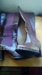 Botas y zapatos número 39