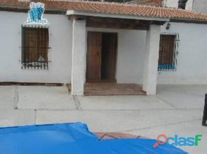Casa rural en Almachar capacidad para 11 personas.