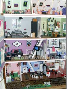 Casa de muñecas rosa