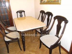 Vendo mesa y 6 sillas.