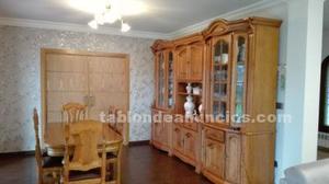 Mueble comedor y mesa comedor de roble