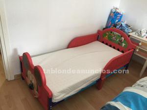 Cama mickey y colchón