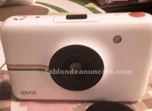Vendo cámara polaroid nueva versión