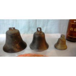 Colección de campanillas antiguas en bronce. Mucha calidad.