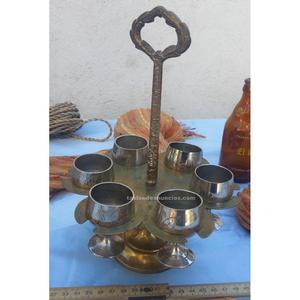 Conjunto de 6 copitas con su soporte. Viejitas y