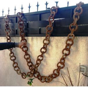 Pareja de cadenas de hierro. Fabricadas en forja. Más de 80