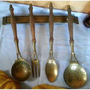 Antiguos utensilios de barbero de zaragoza posot class for Utensilios antiguos de cocina