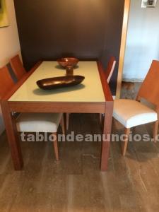 Vendo mesa comedor cerezo y cristal templado